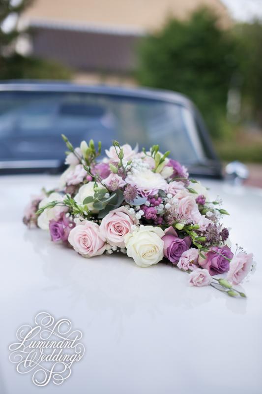 Autobloemstuk | Romantiek in deze prachtige oldtimer