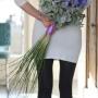 Bruidsboeket   Eenvoud met Delphinium en Eucalyptus